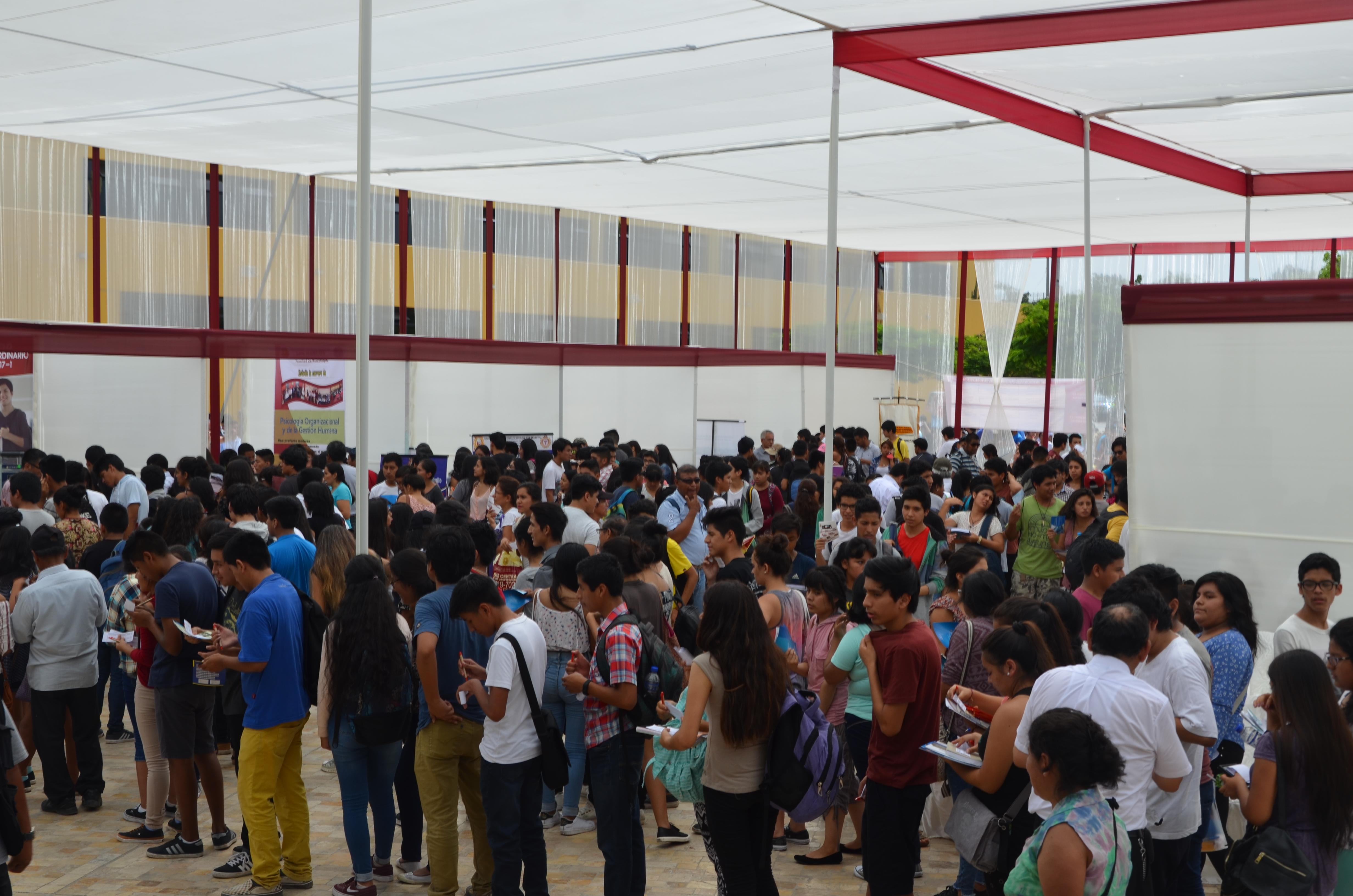 Con masiva concurrencia se inauguró XIII Encuentro Vocacional Sanmarquino
