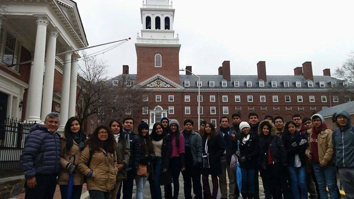 Sanmarquinos por el Perú en Harvard